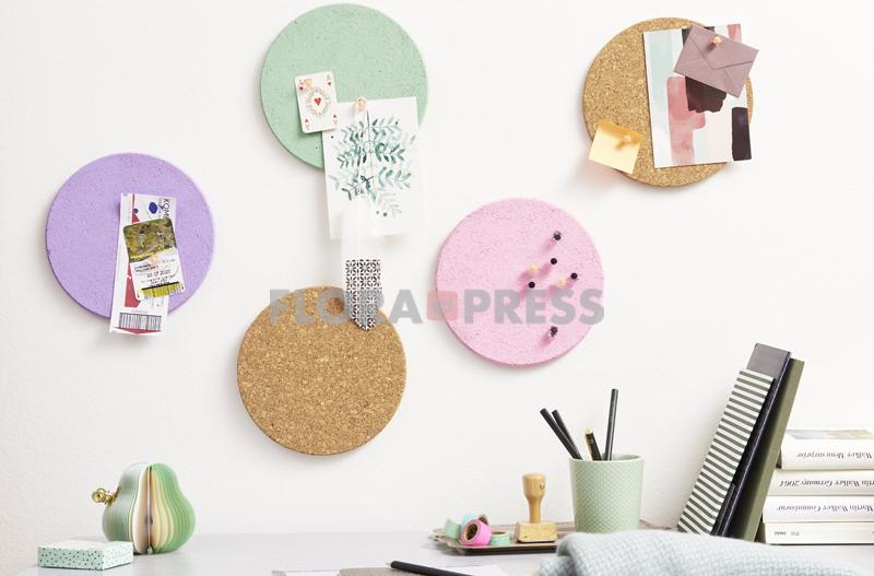 Basteln mit Korkuntersetzern - Pinnwand in Pastell mit Kork, Stepfotos vorhanden